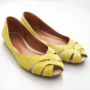 Lucky Brand Ester Chartreuse open toe leather flat